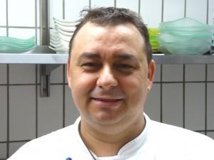 Mitarbeiter José Ros